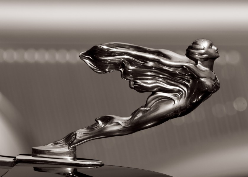 'Flying' - 1933 Cadillac V16 452C Hood Ornament